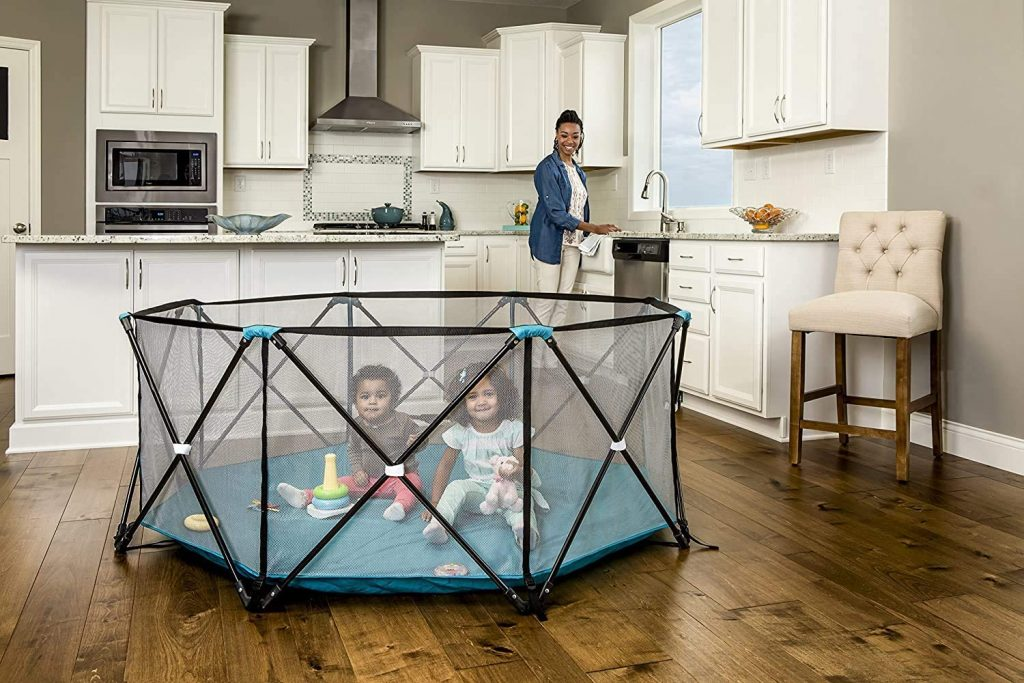 Regalo 1380 DS 6 Panel Portable Play Yard